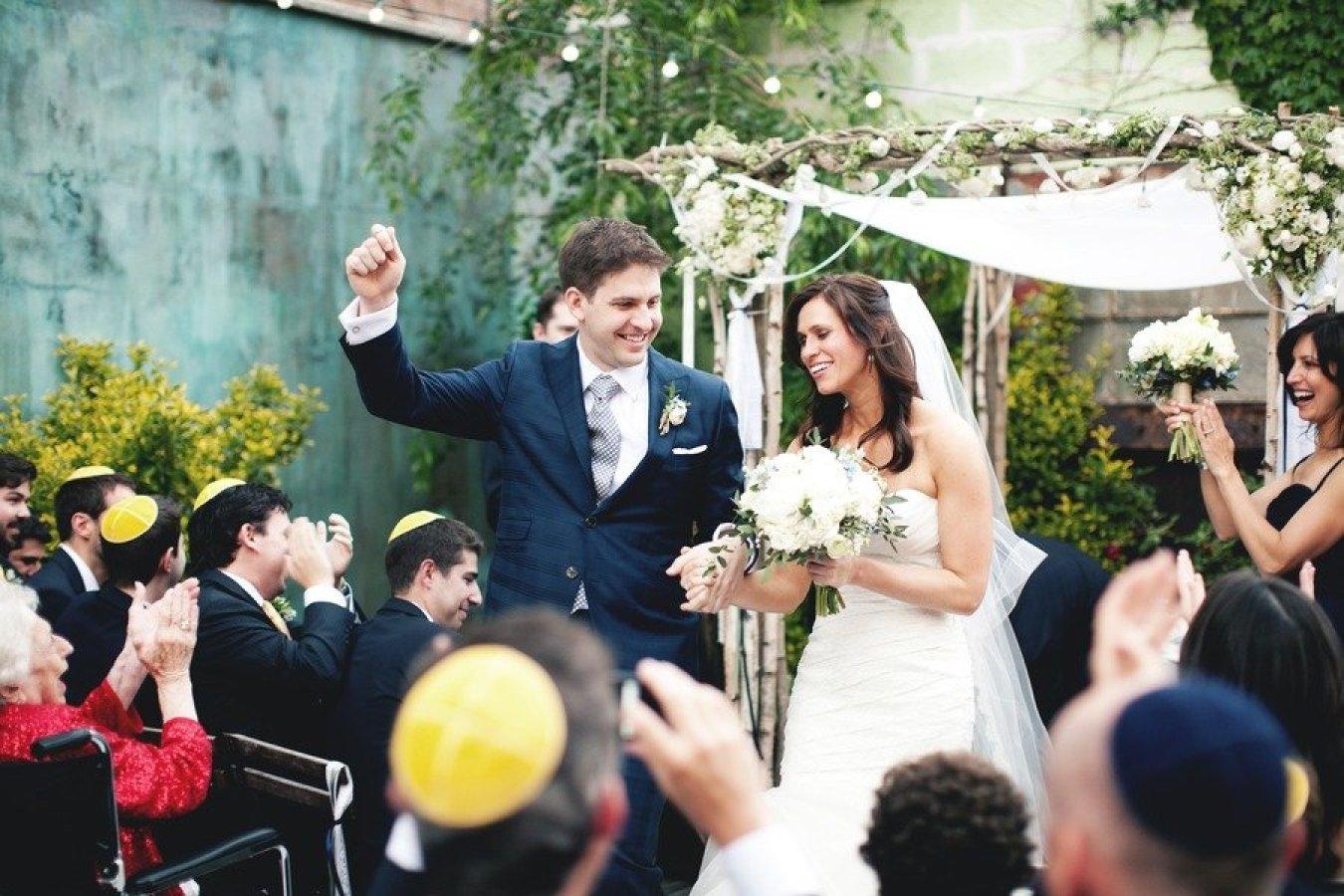 Brooklyn Wedding by Katie Osgood Photography + Rebecca Shepherd Floral Design